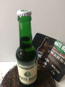 Flasche Mate-Bier mit weissen Korken